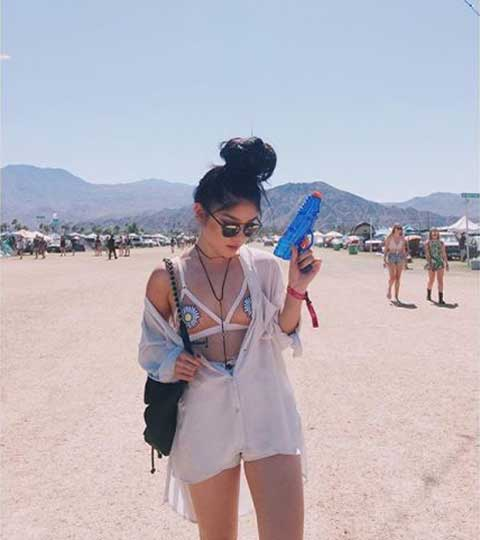 Weekend-of-Coachella-coachella-style-Gallery-Image-from-esquire-website-13