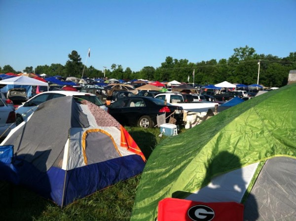packing list for music festivals - camping at a music festival